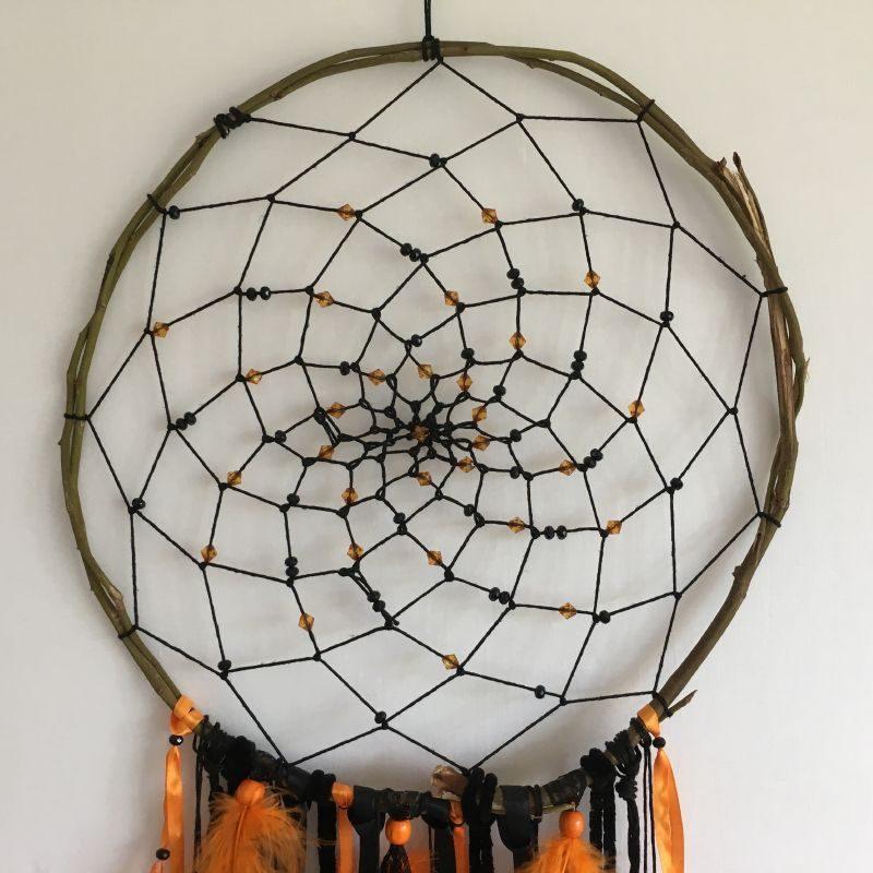 Déco plumes : Attrape-rêves orange et noir, spécial Halloween