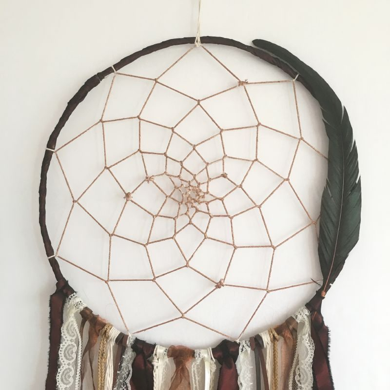 """Déco plumes : Attrape-rêves """"Savana"""" dans les tons cuivre, pourpre, ivoire"""