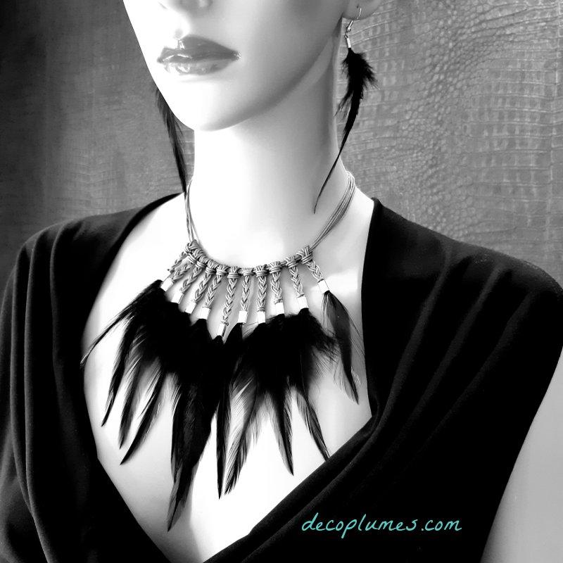 collier-plumes-noires-decoplumes-cleopatre-plastron