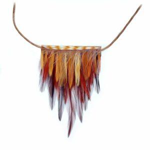 decoplumes-collier-plastron-plumes-naturelles-coq-maelis
